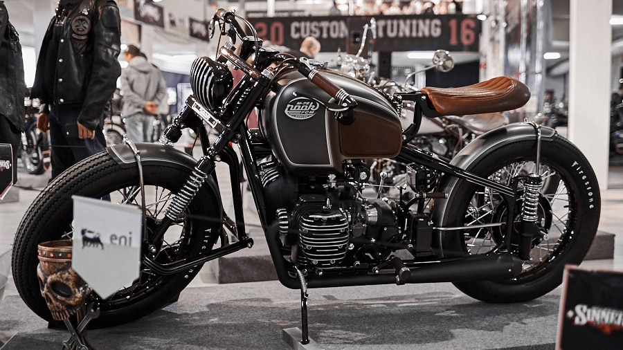 the award-winning custom cafe-racer from the custom tuning show 2016